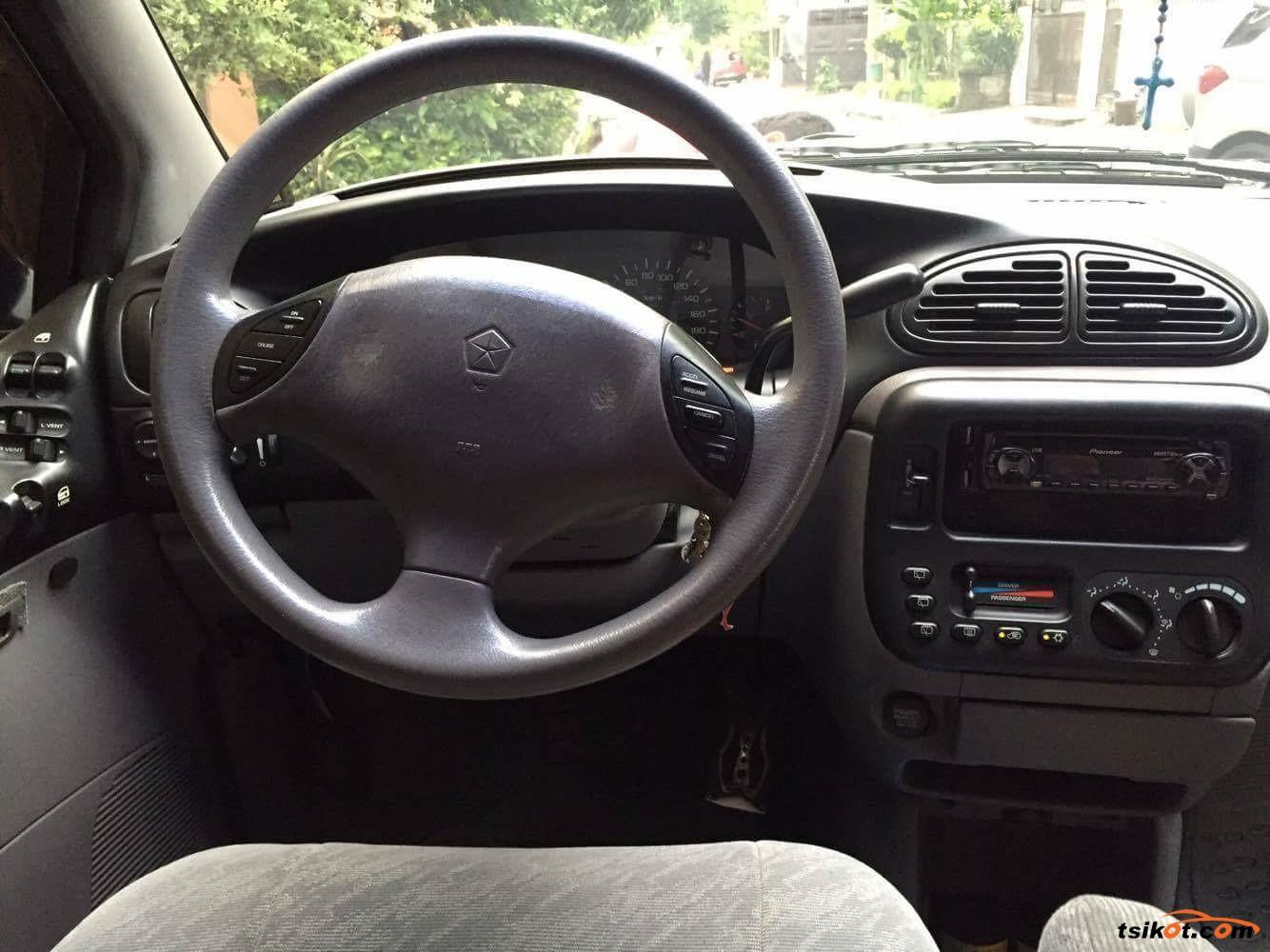 Chrysler Voyager 2000 - 7