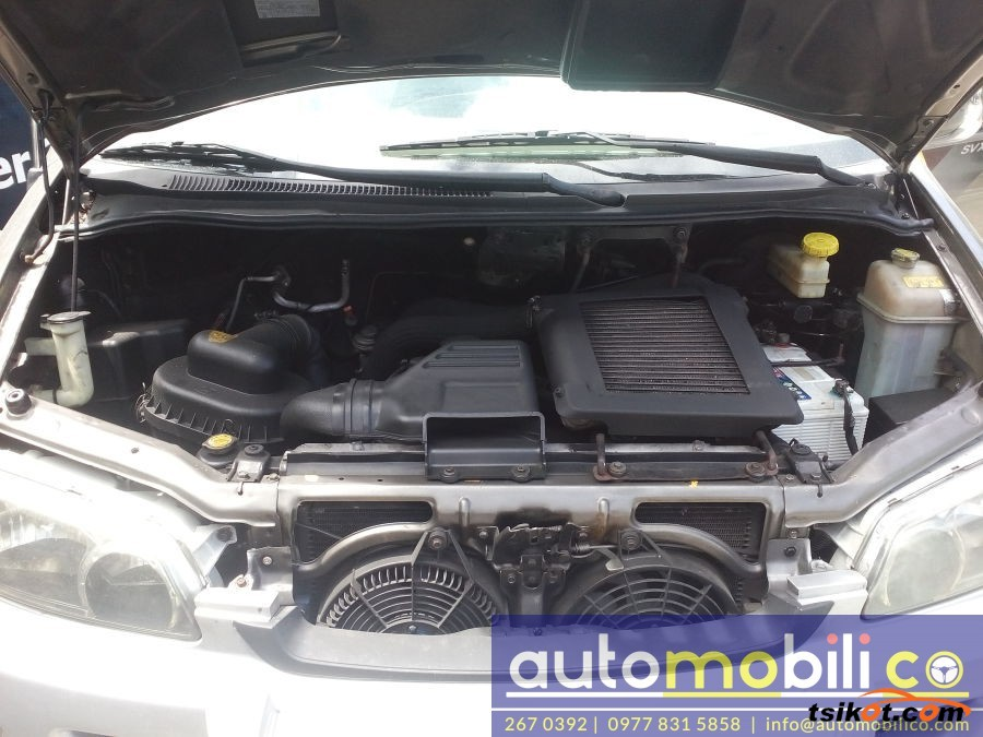 Hyundai Starex 1999 - 1