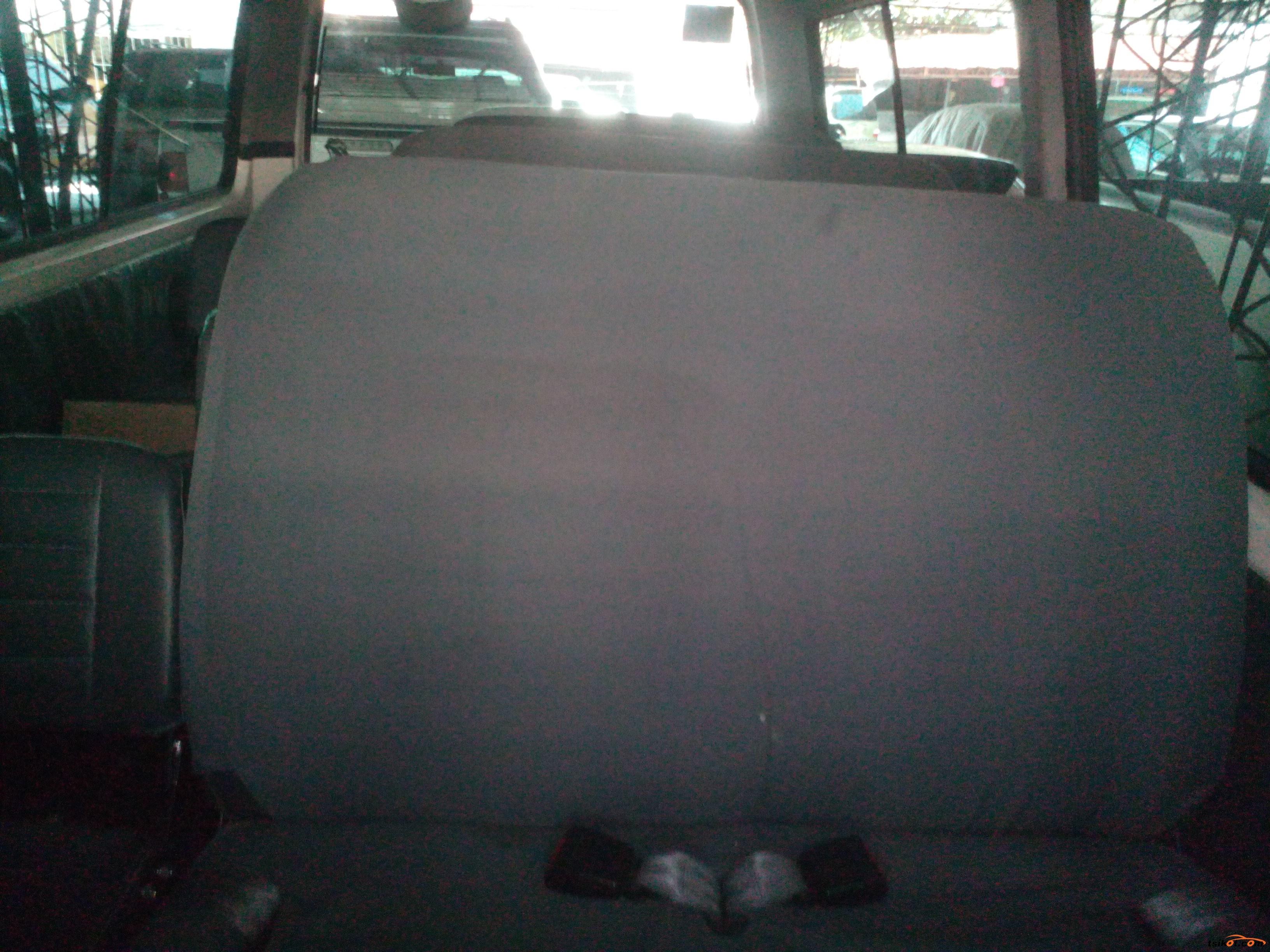 Nissan Urvan 2013 - 4