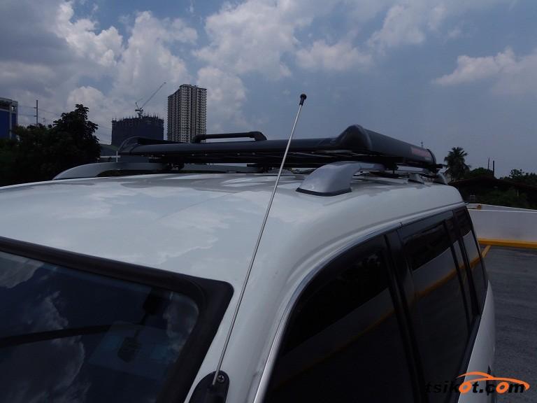 Mitsubishi Adventure 2012 - 6