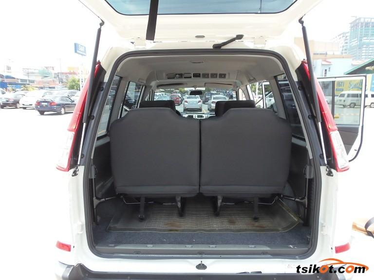 Mitsubishi Adventure 2012 - 9