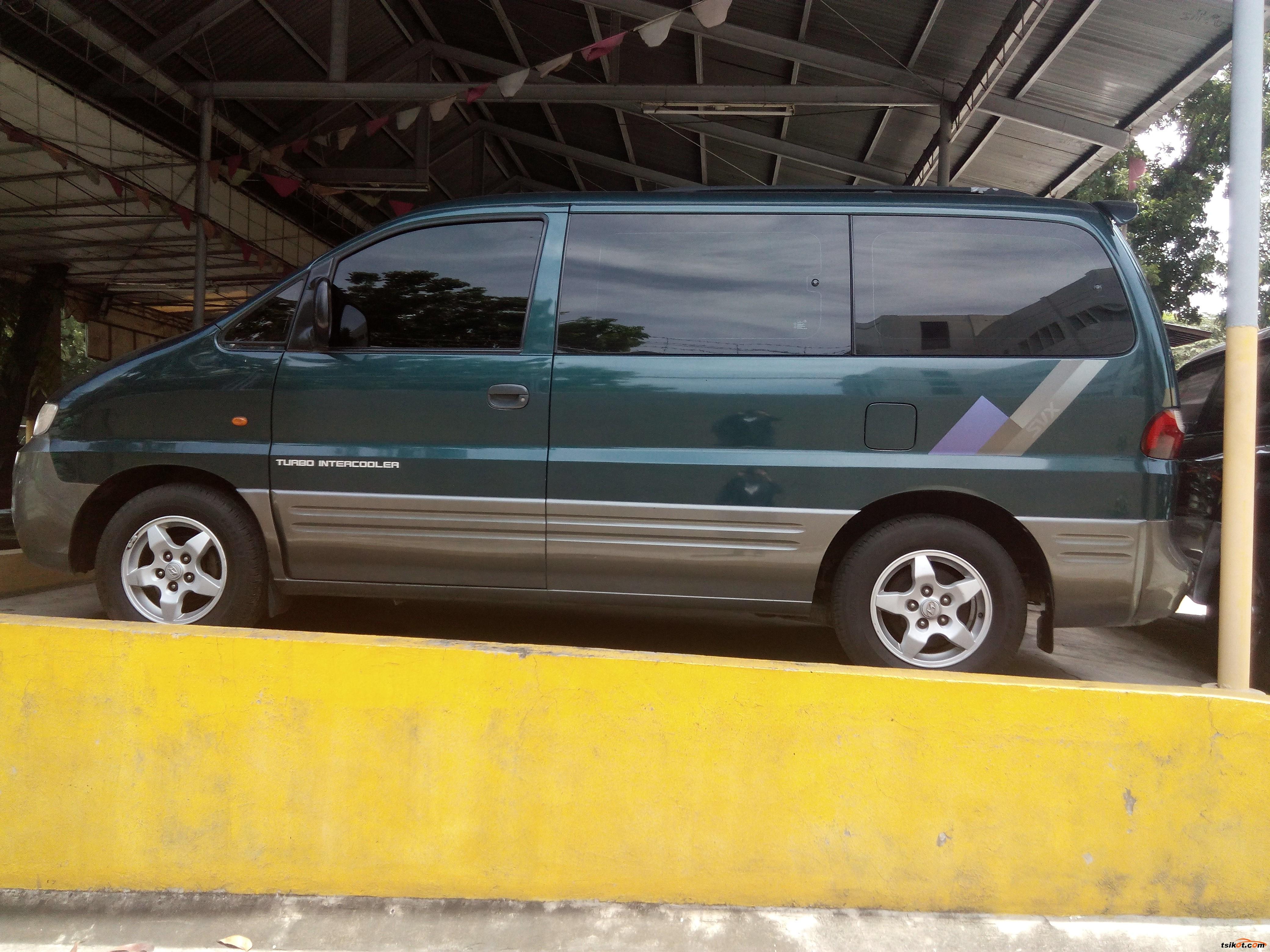 Hyundai Starex 2001 - 4