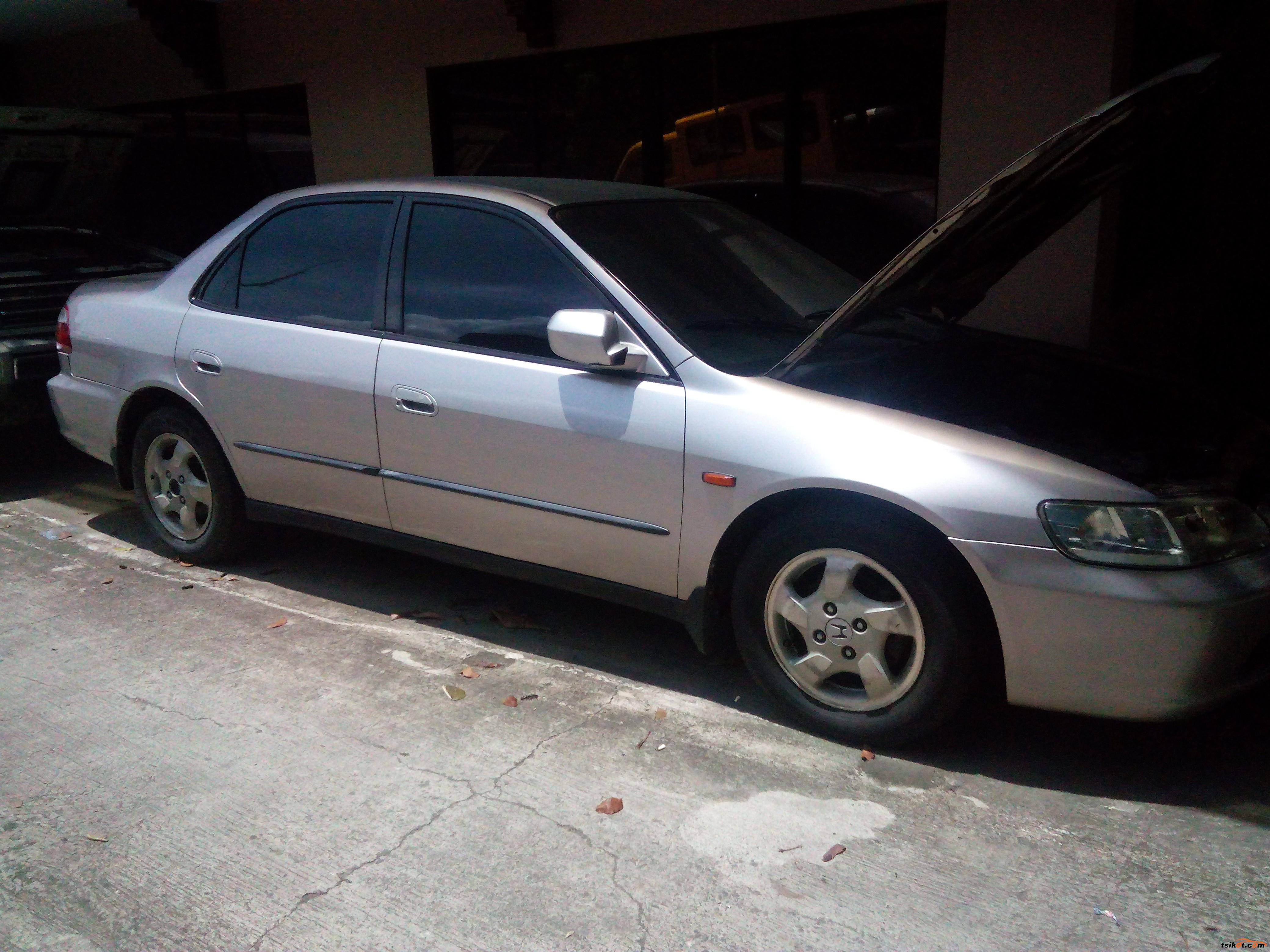 Honda Accord 1998 - 1
