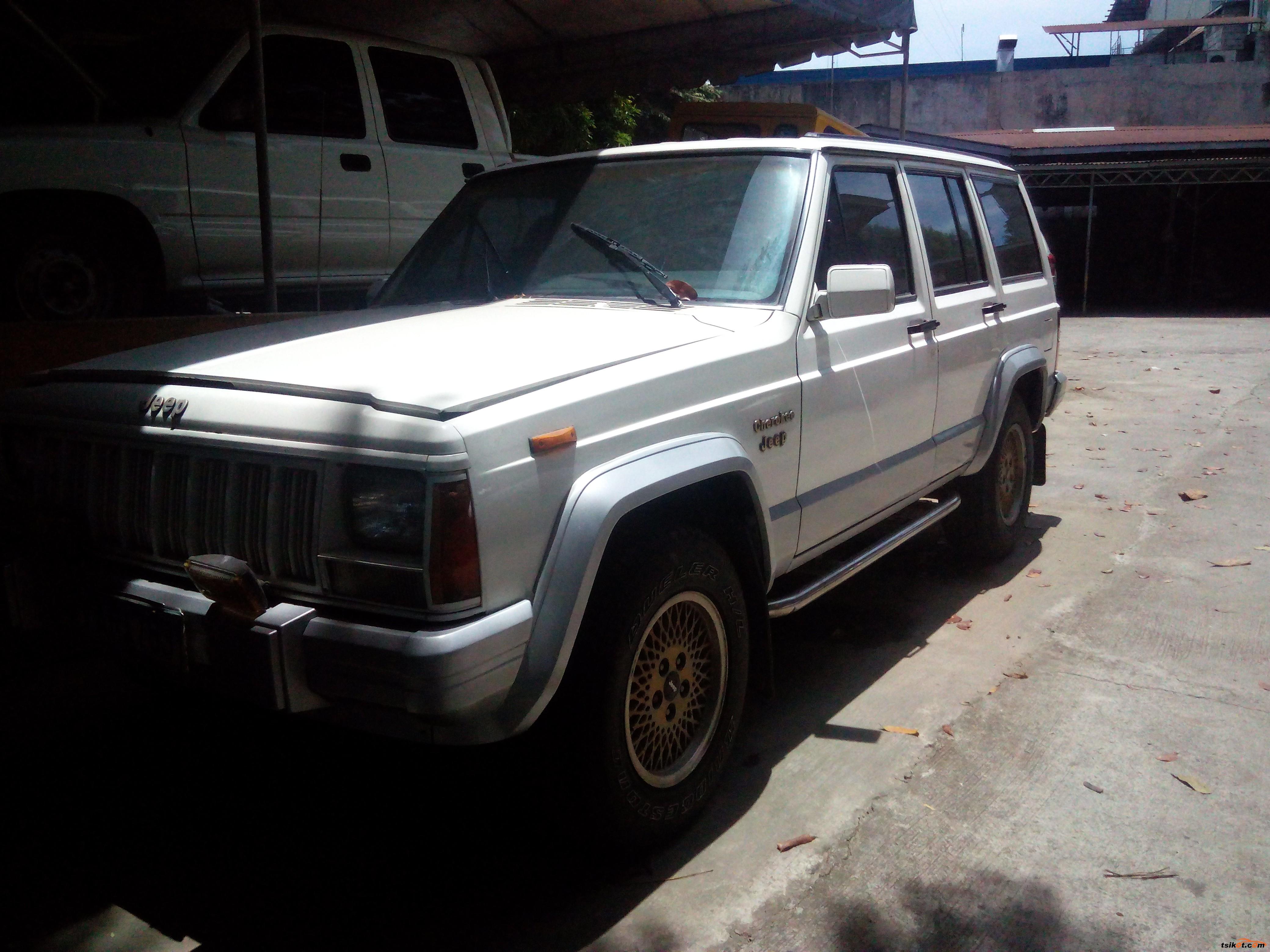 Jeep Cherokee 2005 - 2