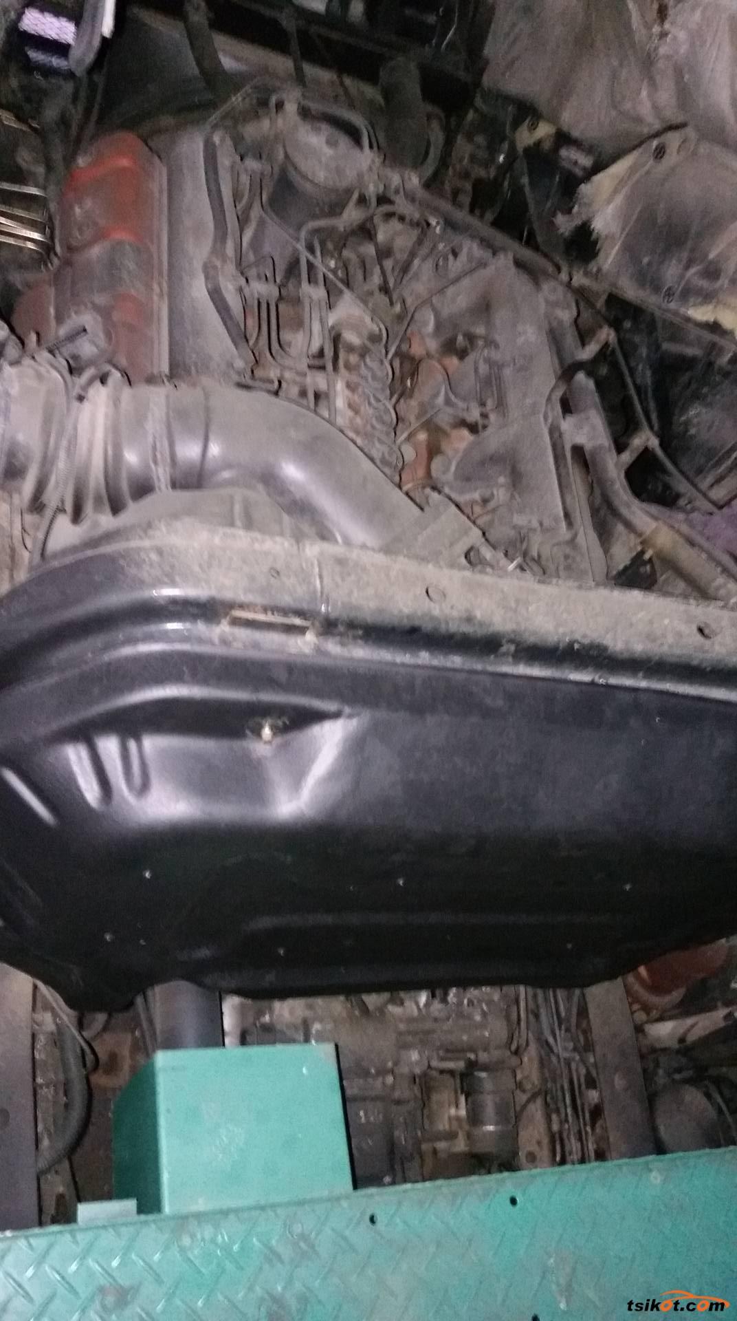Isuzu Nhrpv 2012 - 6