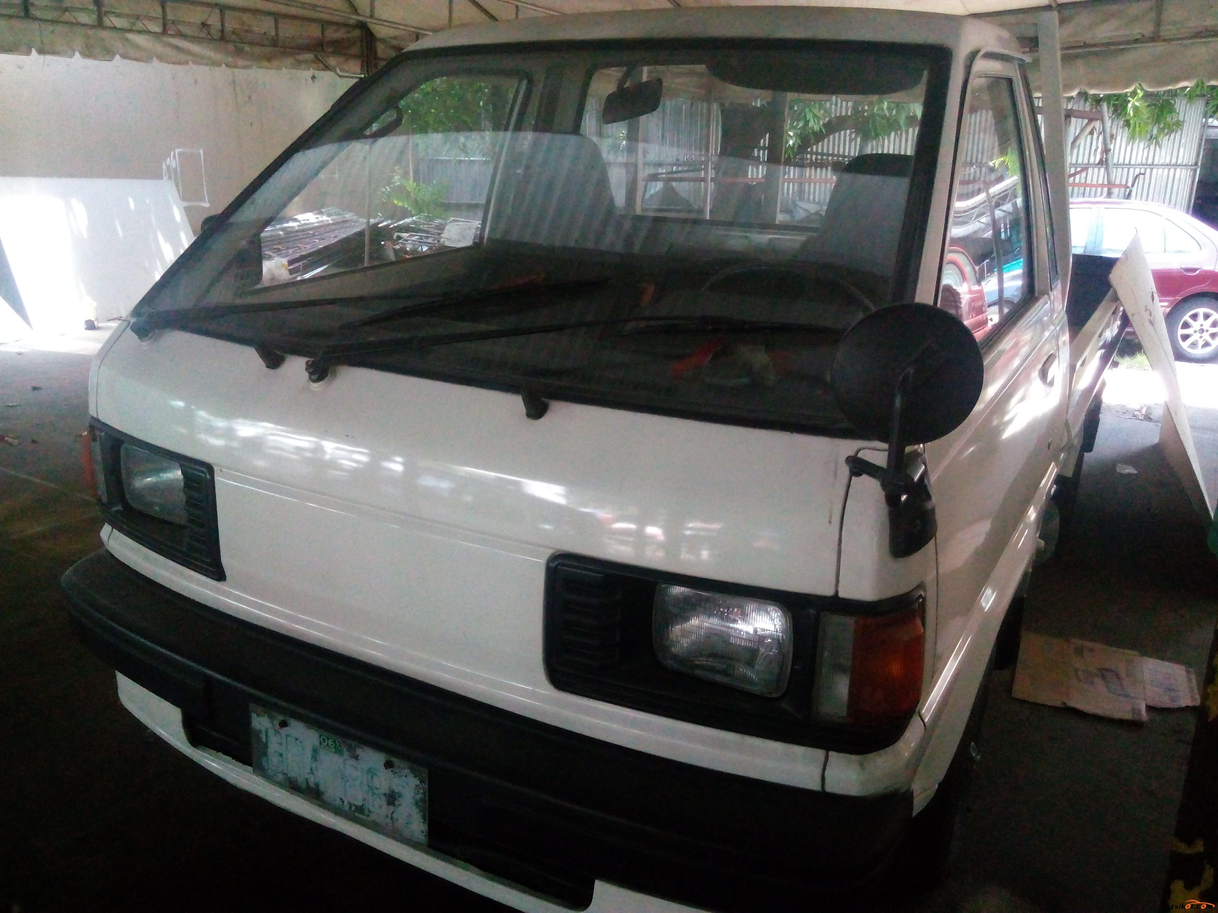 Suzuki Multi-Cab 2001 - 1