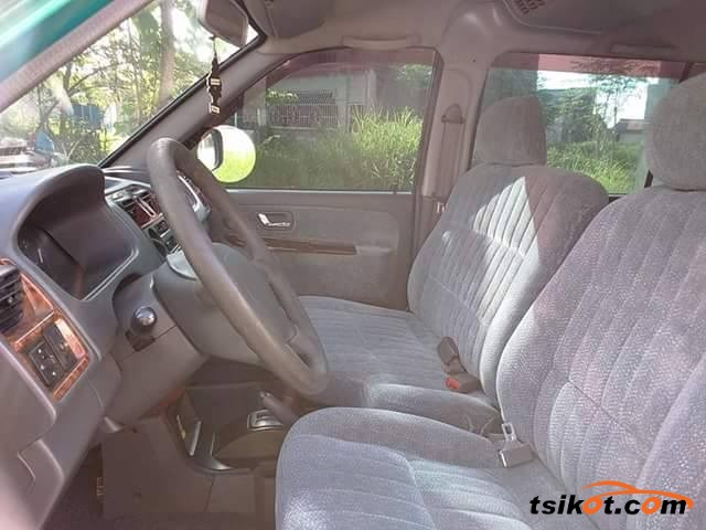 Mitsubishi Adventure 2000 - 2