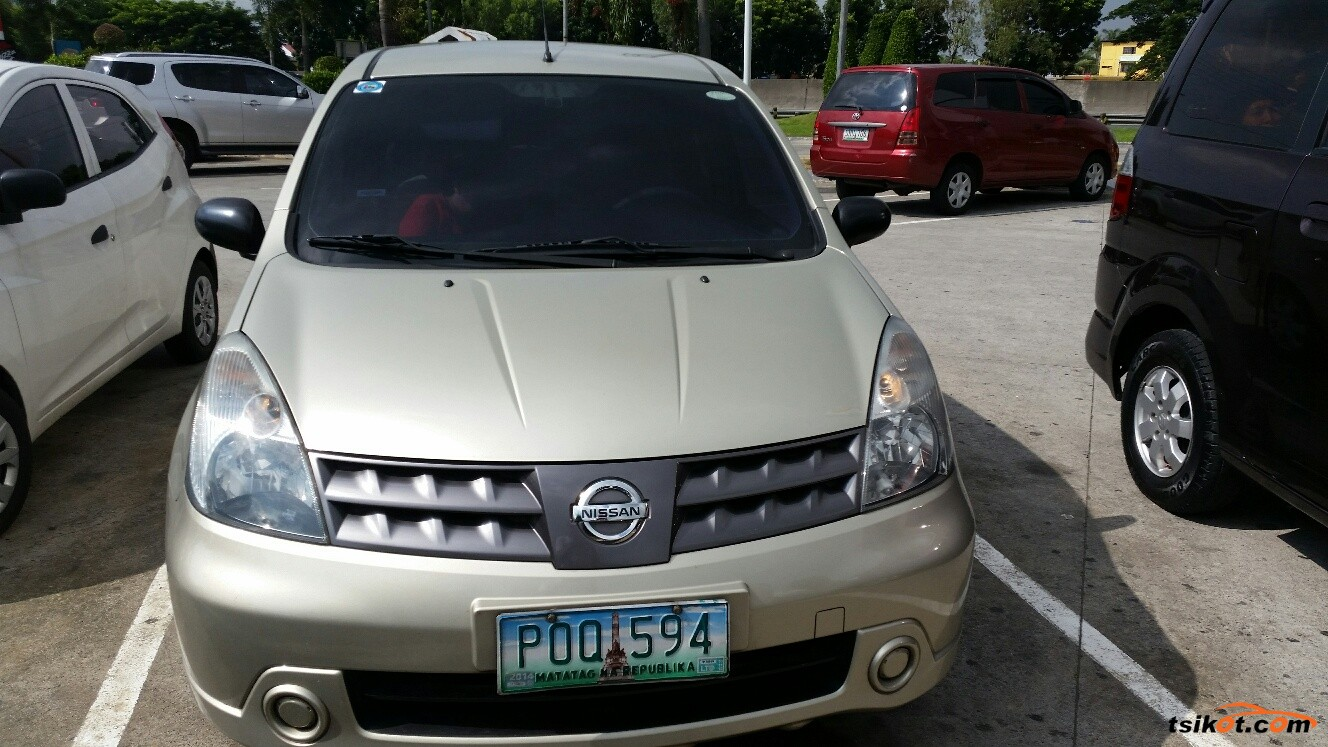 Nissan Livina 2010 - 5