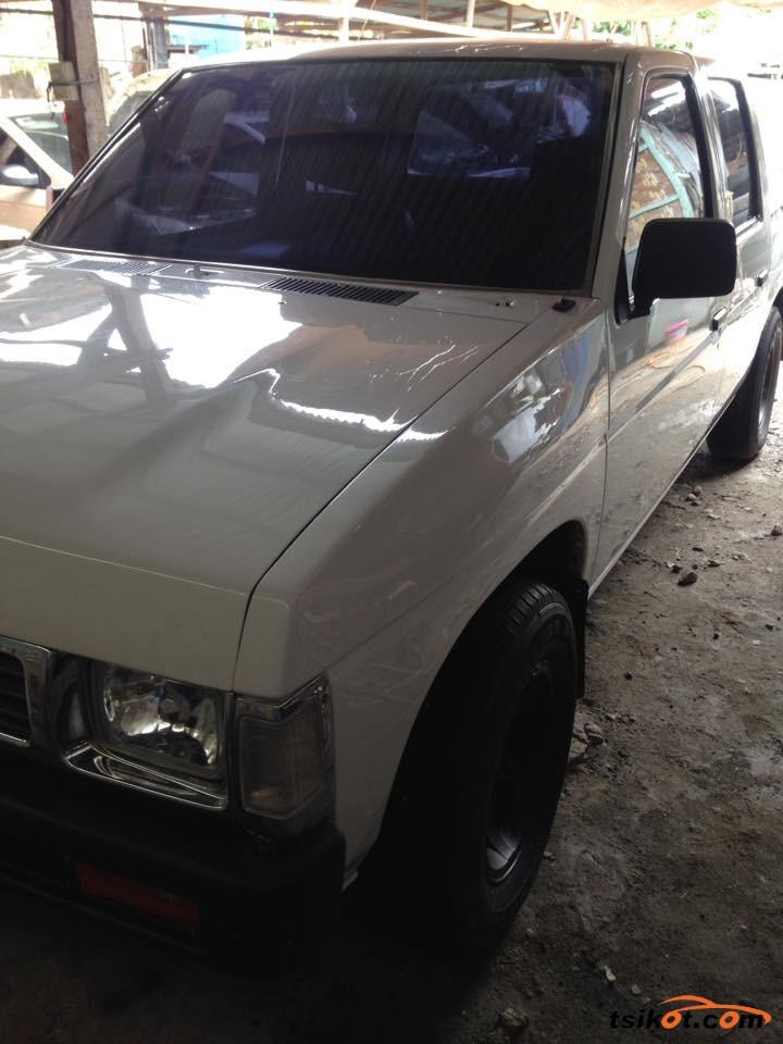 Nissan Pickup 1996 - 2