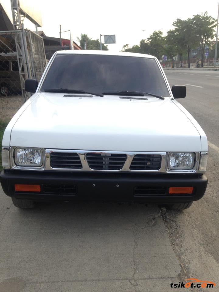 Nissan Pickup 1996 - 3