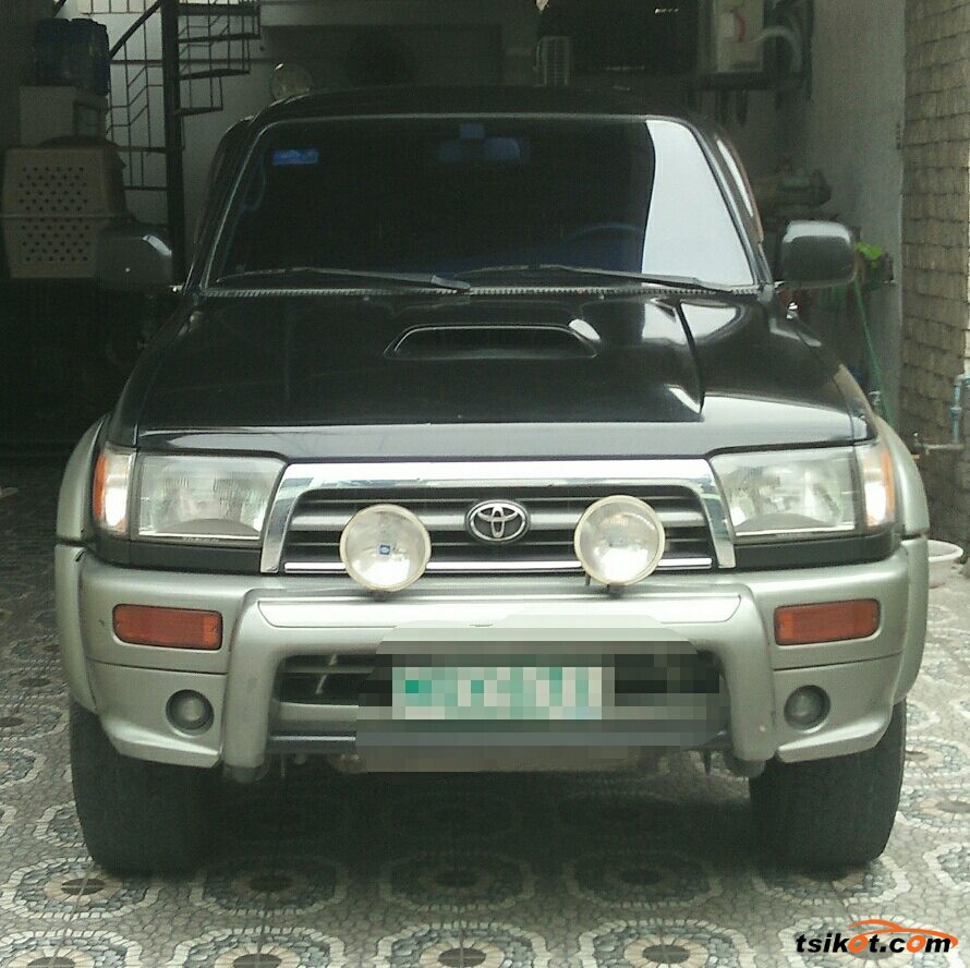 Toyota Hilux 1997 - 2