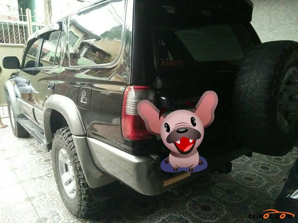 Toyota Hilux 1997 - 8