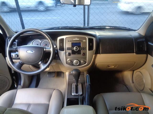 Ford Escape 2010 - 2