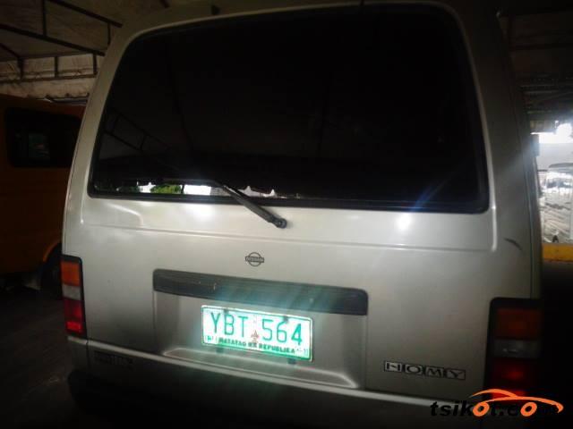 Nissan Urvan 2005 - 2