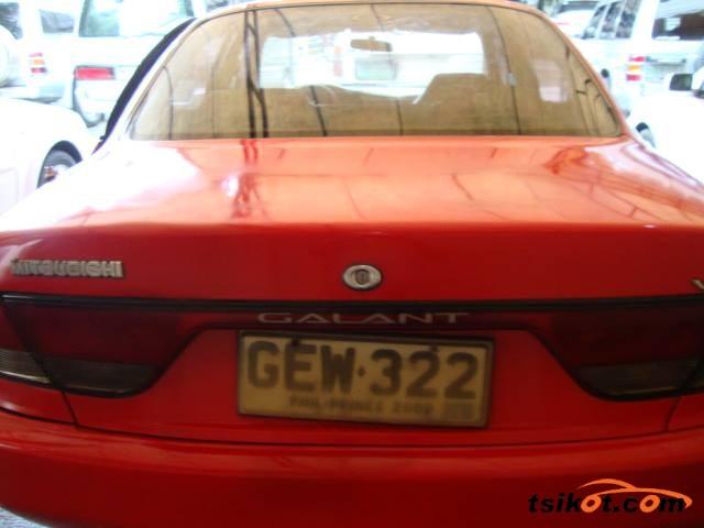 Mitsubishi Galant 1995 - 3
