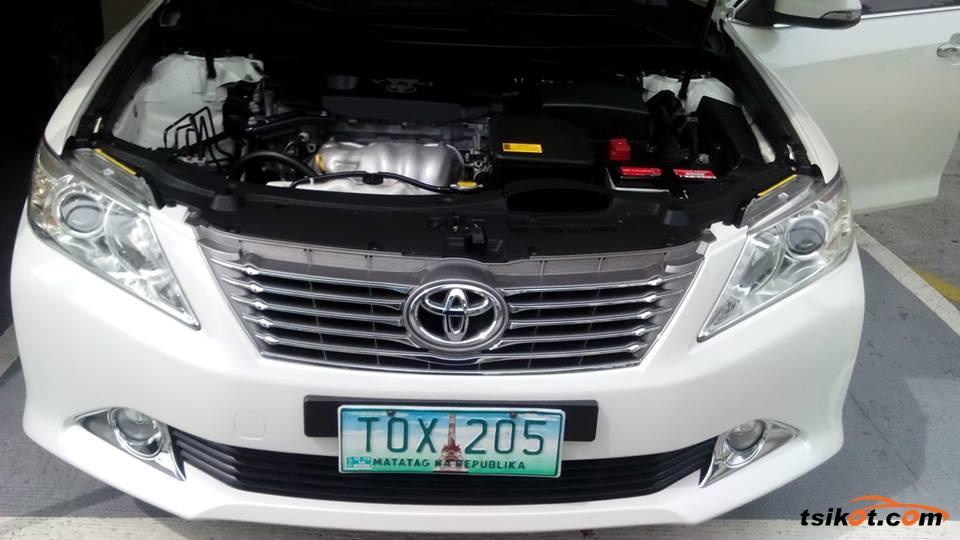 Toyota Camry 2012 - 6