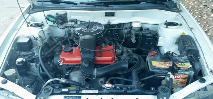 Mitsubishi Lancer 2000 - 6