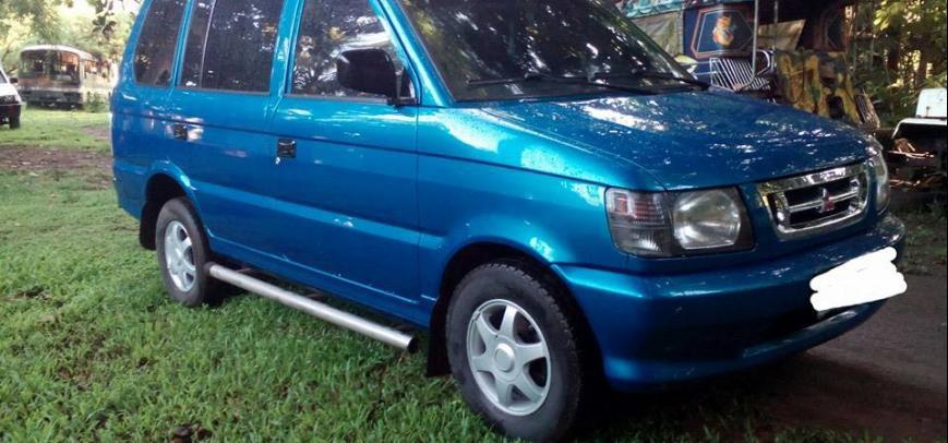 Mitsubishi Adventure 2001 - 1