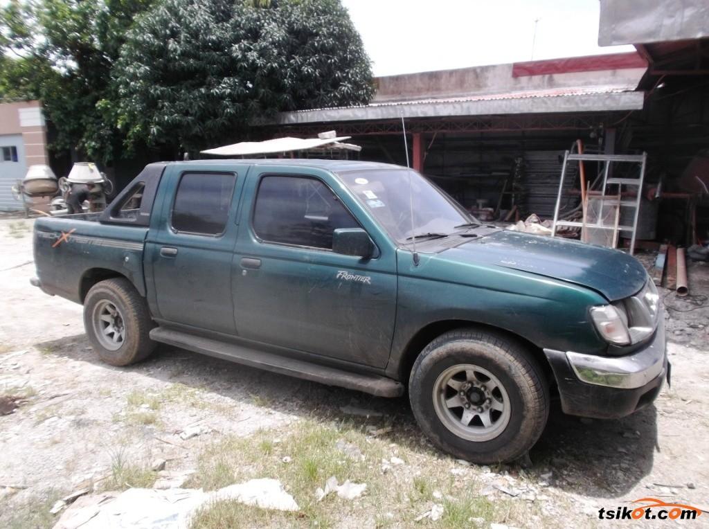 Nissan Frontier 2000 - 1