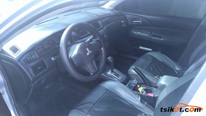 Mitsubishi Lancer 2009 - 8
