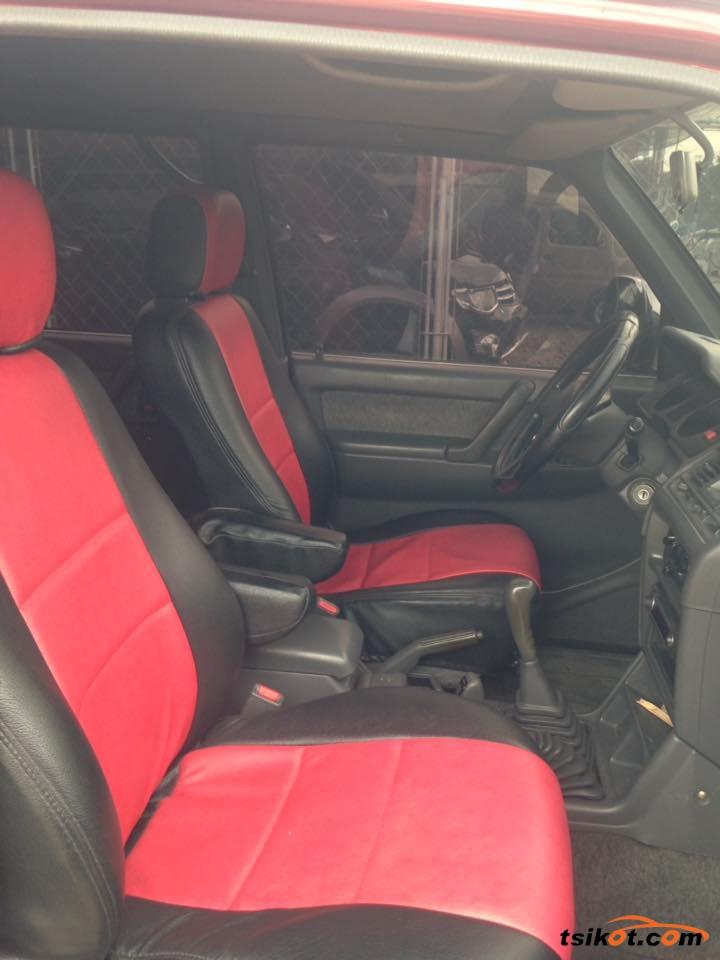 Mitsubishi Pajero 2012 - 3