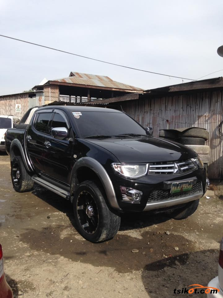 Mitsubishi Strada 2012 - 1