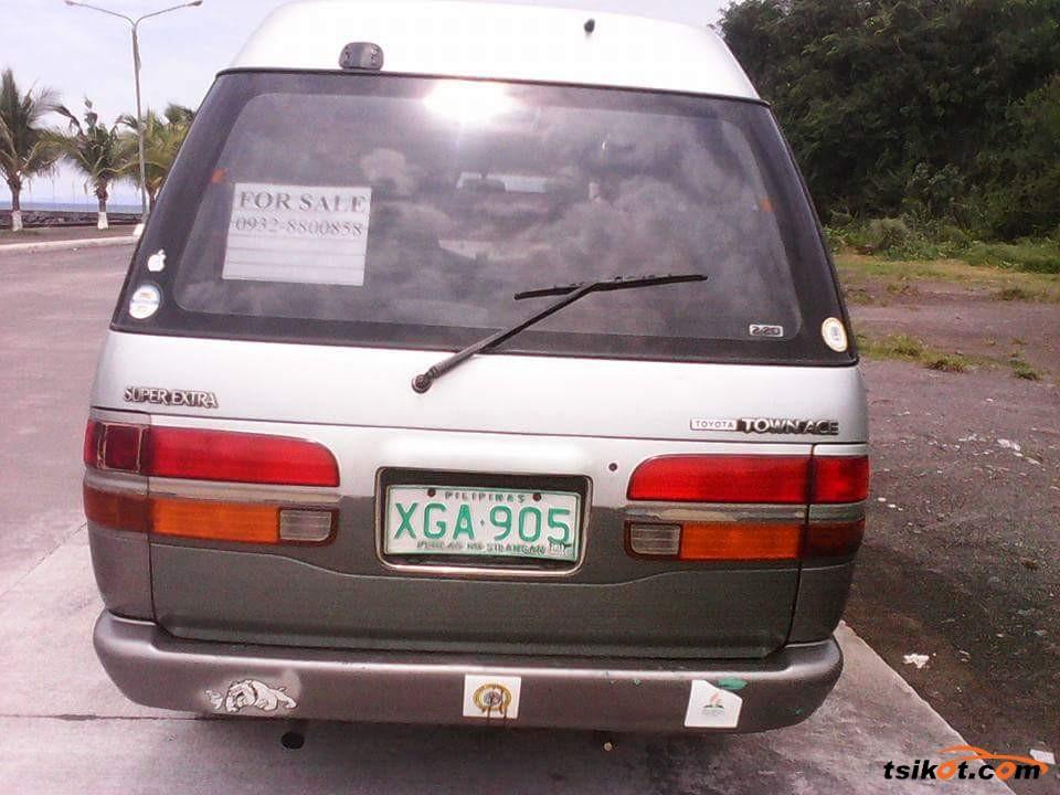 Toyota Aa 1999 - 1