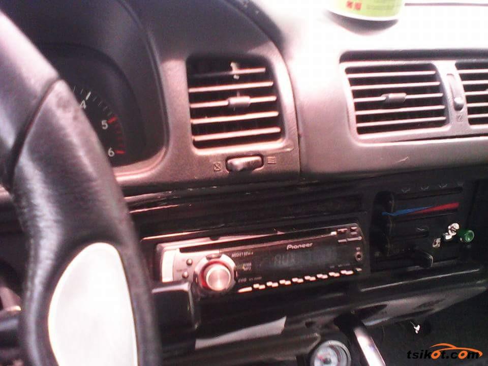 Toyota Aa 1999 - 8