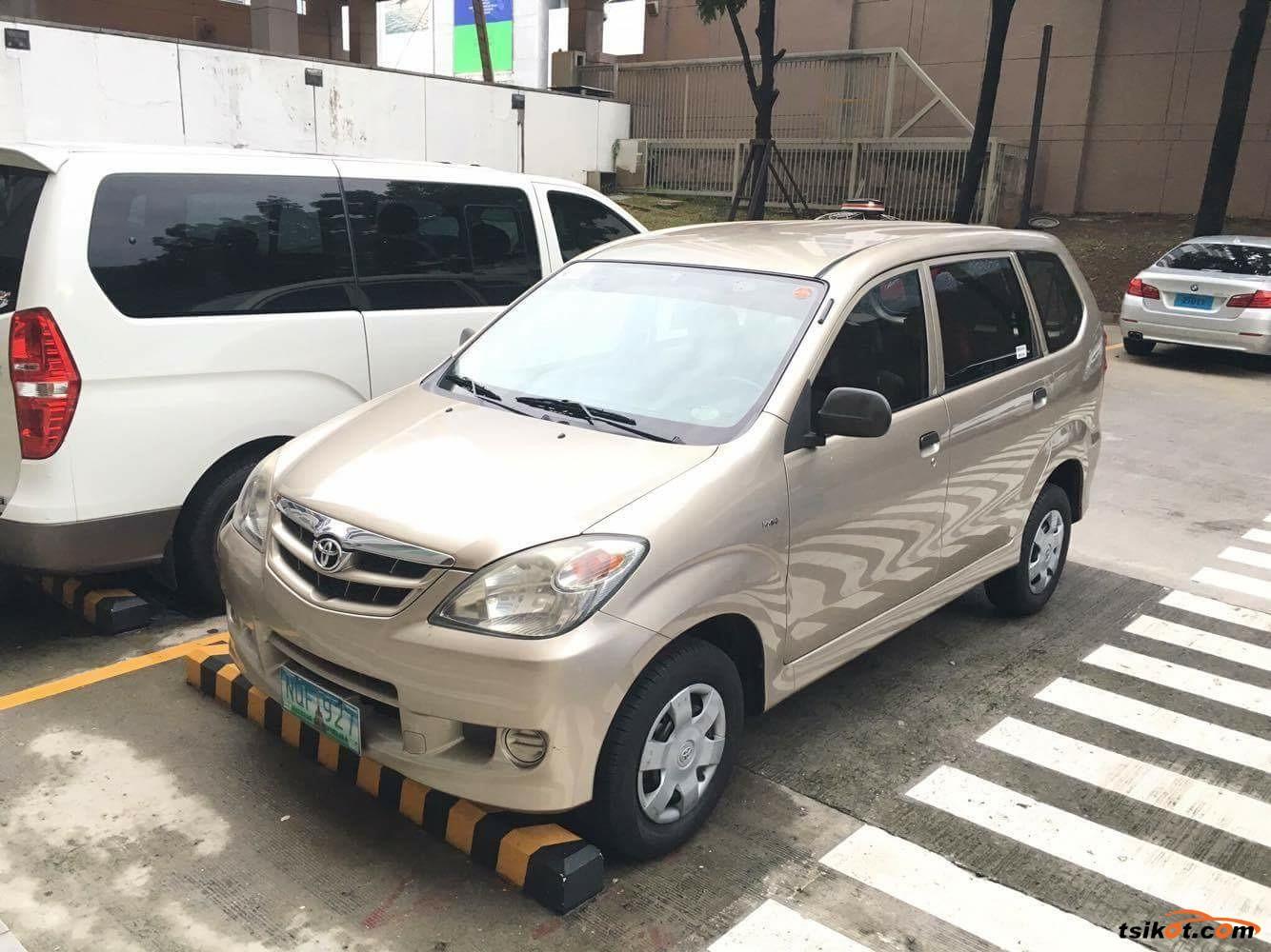 Toyota Avanza 2010 - 3