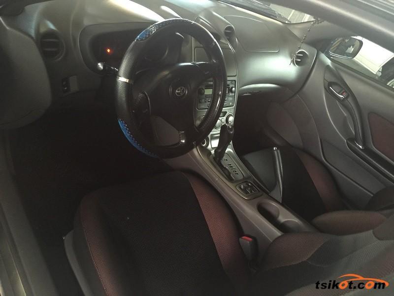 Toyota Celica 2000 - 8