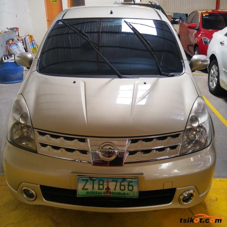 Nissan Livina 2009 - 1