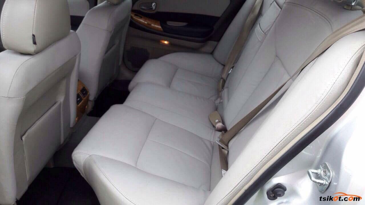 Nissan Cefiro 2006 - 6