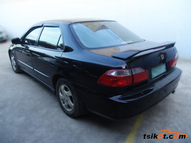 Honda Accord 1999 - 2