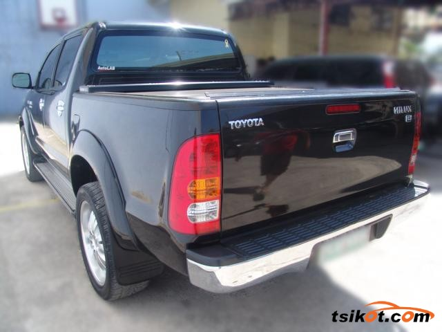 Toyota Hilux 2005 - 3