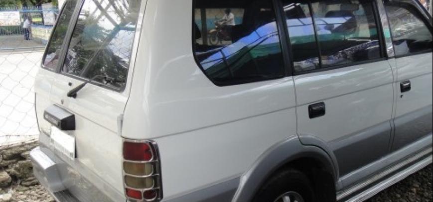 Mitsubishi Adventure 1999 - 12