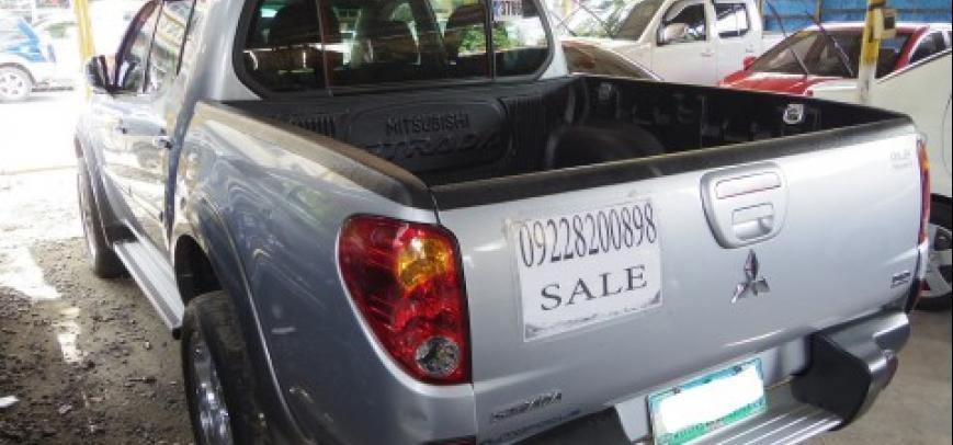 Mitsubishi Strada 2010 - 10