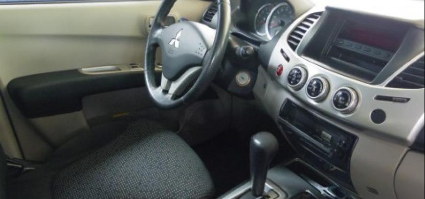 Mitsubishi Strada 2010 - 3
