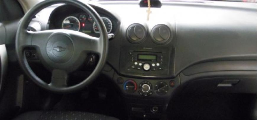 Chevrolet Aveo 2010 - 12