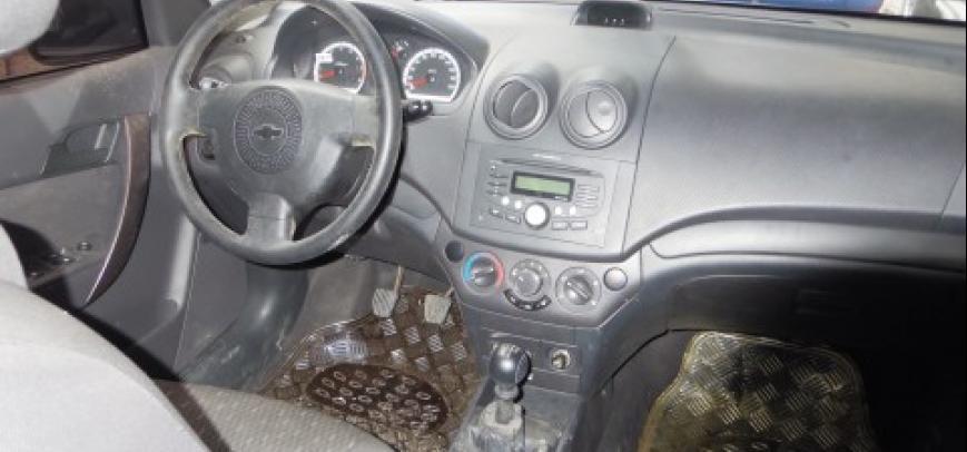Chevrolet Aveo 2010 - 5