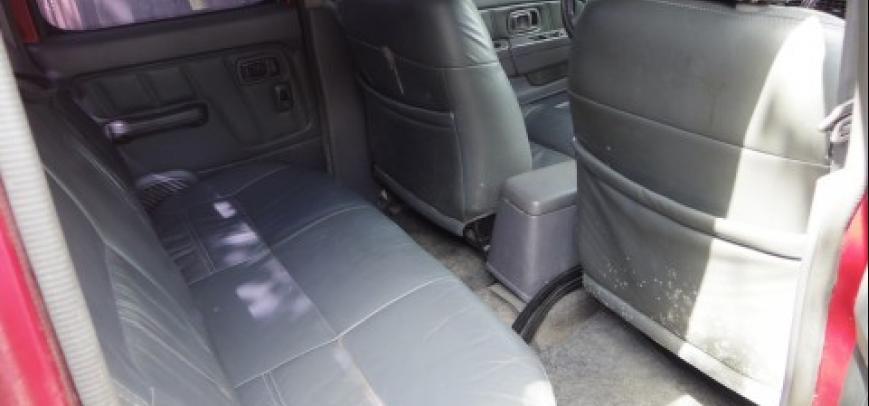 Nissan Frontier 2004 - 9