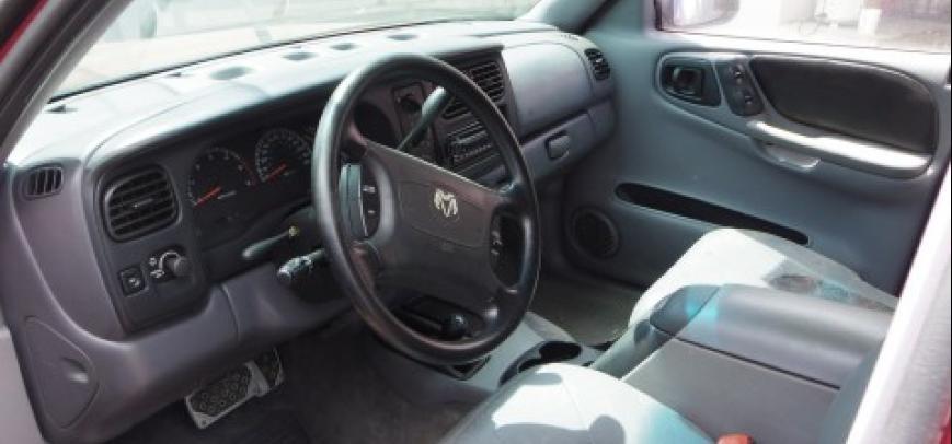 Dodge 600 2006 - 8
