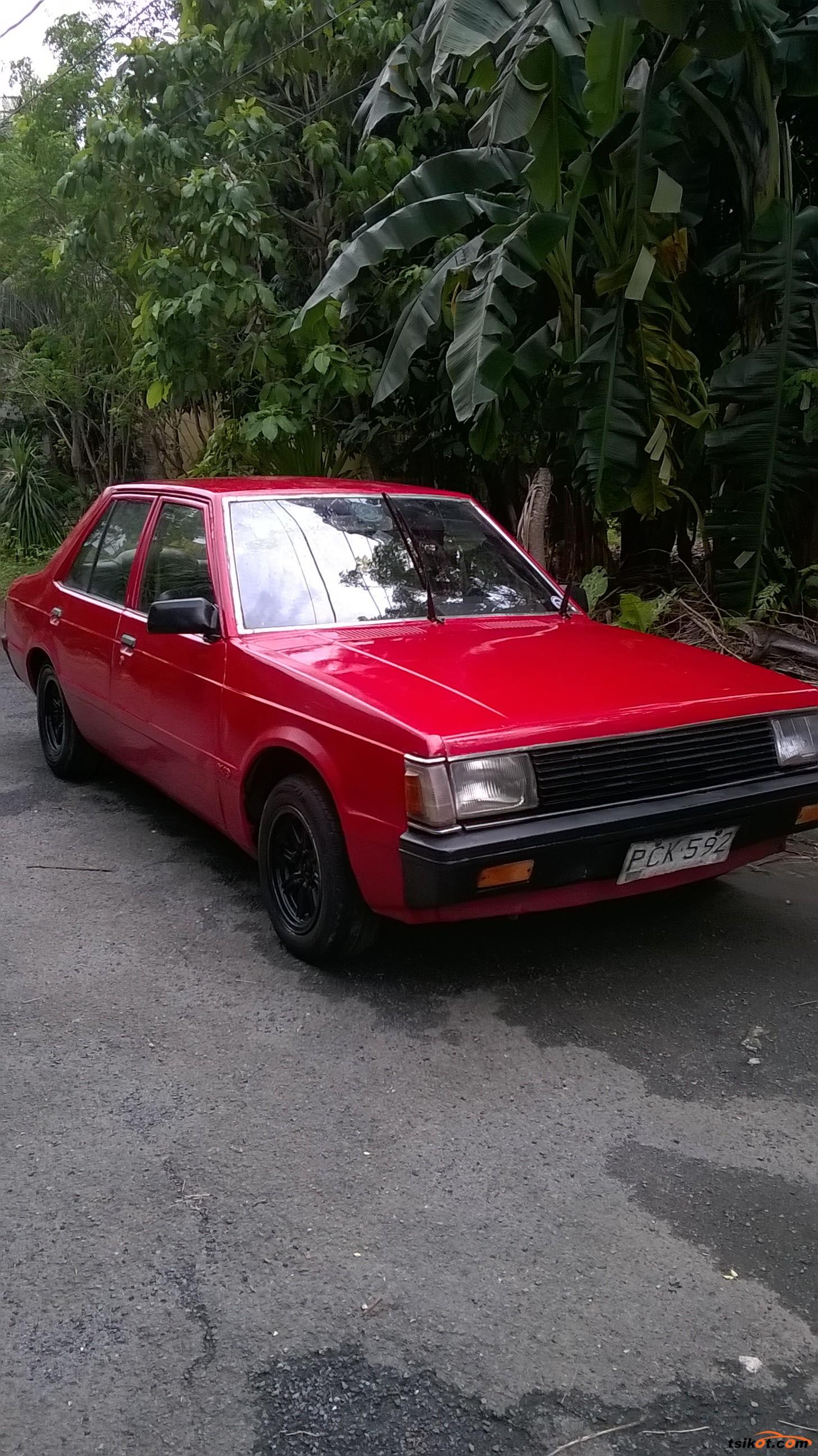 Mitsubishi Lancer 1982 - 10