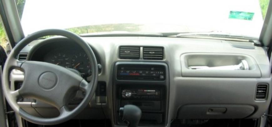 Suzuki Vitara 2003 - 3
