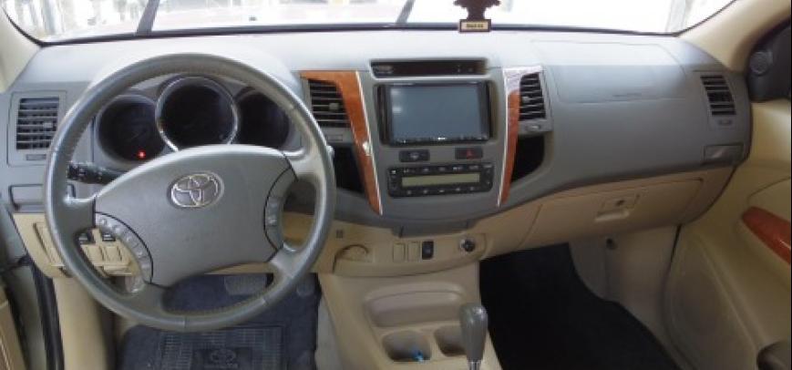 Toyota Fortuner 2008 - 10