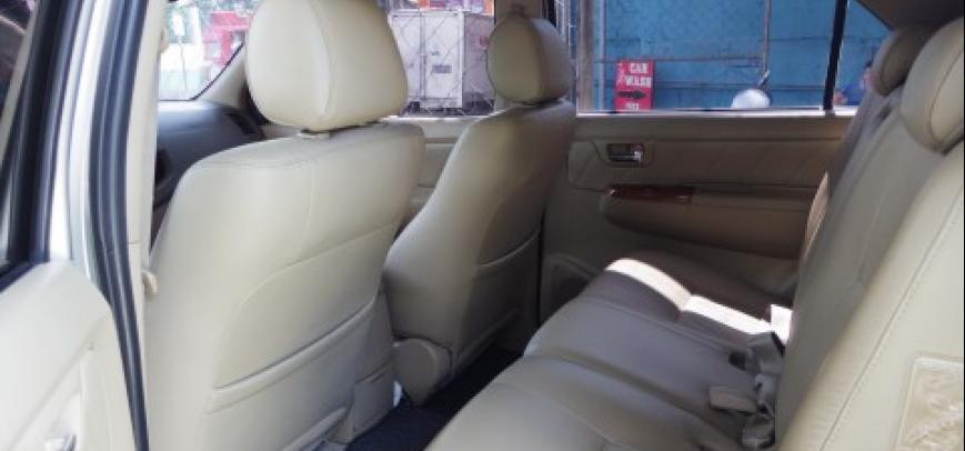 Toyota Fortuner 2008 - 11