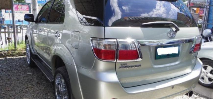 Toyota Fortuner 2008 - 12