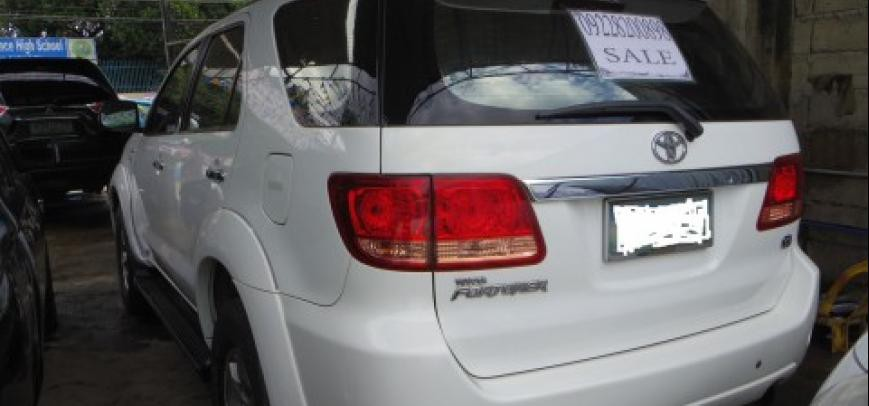 Toyota Fortuner 2006 - 11