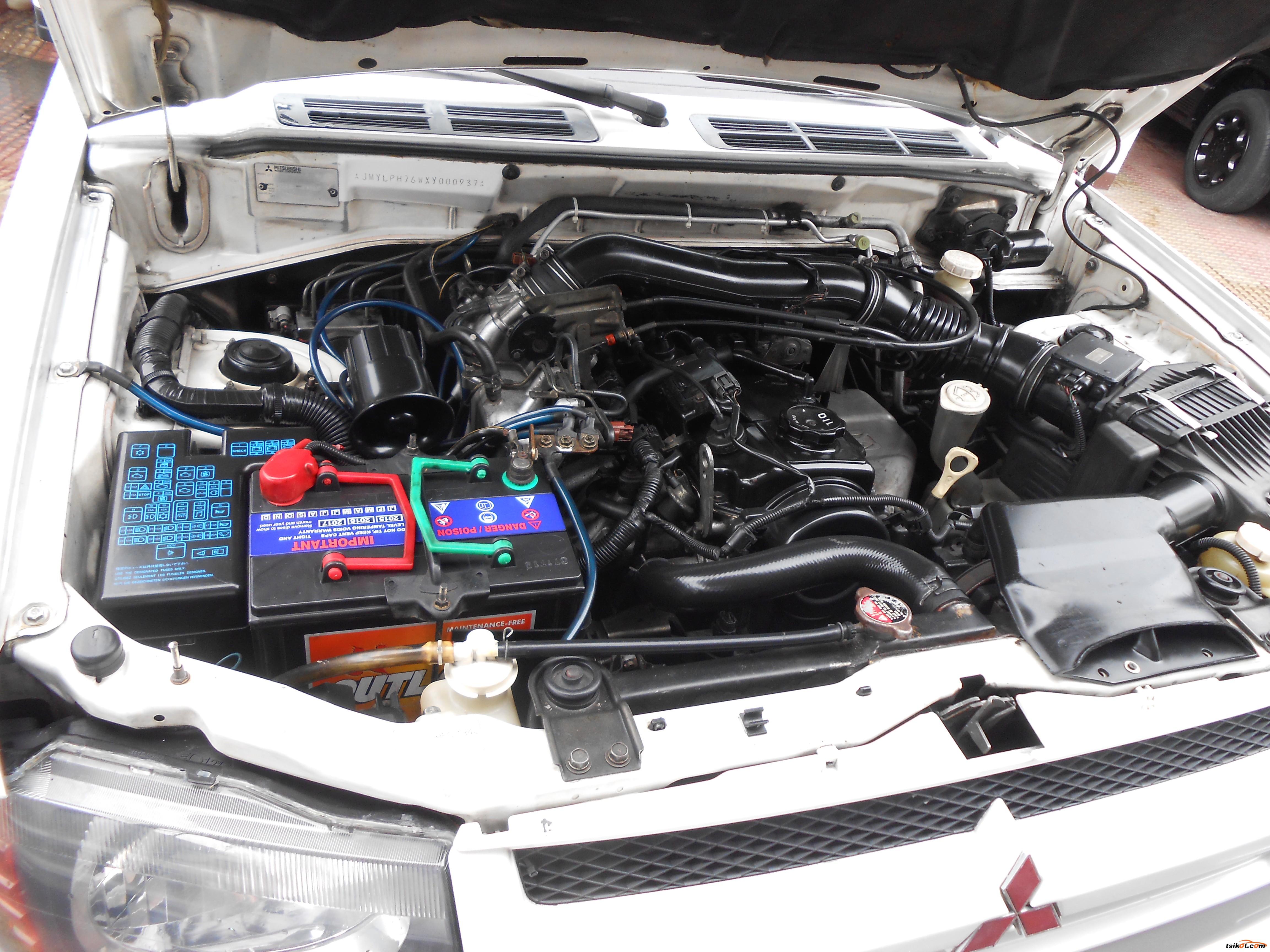 Mitsubishi Pajero 2001 - 7