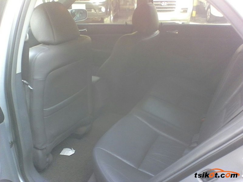 Honda Accord 2004 - 1