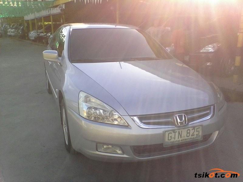 Honda Accord 2004 - 9